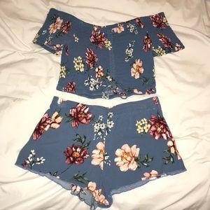 Blue floral set 🌺